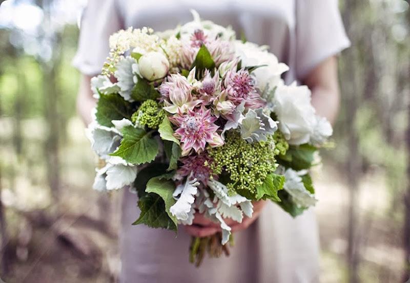 blushing bride_690 flowlers flowers