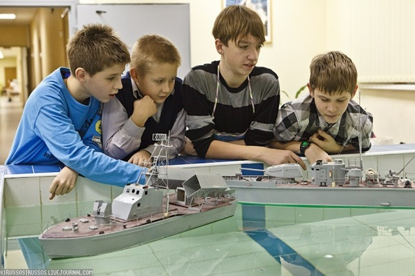 Ecole de modélisme en Russie (1)