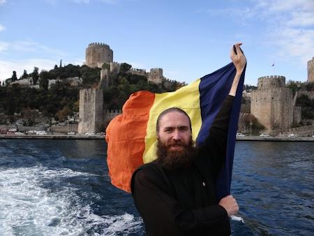 Cu steagul Romaniei pe Bosfor