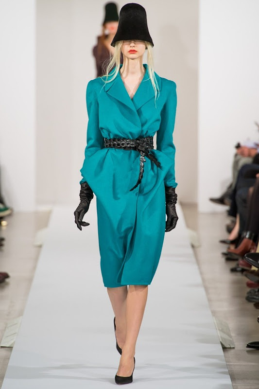oscar-de-la-renta-galliano-fall-2013-24