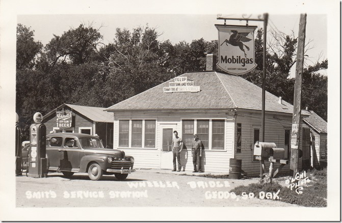 Smit's Service Station - South Dakota O'Neill Co. Vintage Postcard