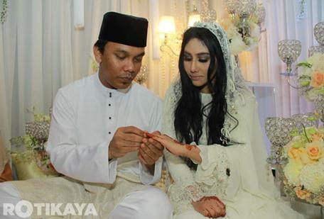 20-Gambar-Sekitar-Majlis-Pernikahan-Ella-Azhar-Ghazali