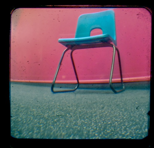 Ηλίας Τουμασάτος: Στιγμές υπό τον ήλιο 2 – Μια καρέκλα στο τέρμα του διαδρόμου