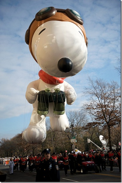 Snoopy Flying Ace Macy Thanksgiving Parade 05