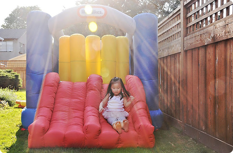Bouncy-castle-fun-(1)