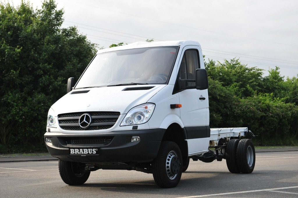 Brabus-Mercedes-Benz-Sprinter-V8-1.jpg?imgmax=1800