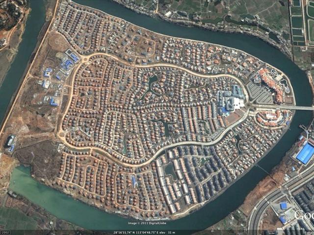 Satellite view of a giant empty development outside Changsha. businessinsider.com