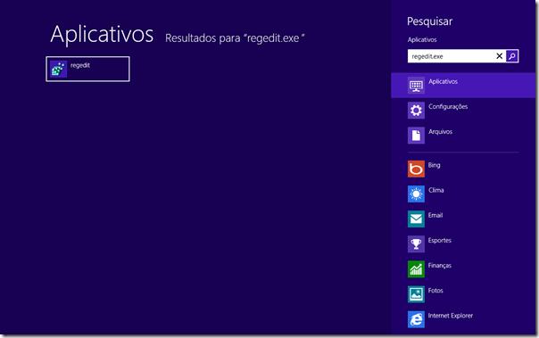 Na tela inicial do Windows 8, digite regedit.exe e dê Enter. O Registro abrirá