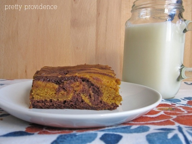 pumpkin2 swirl brownies