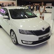 2013-Skoda-Rapid-Sedan-6.jpg