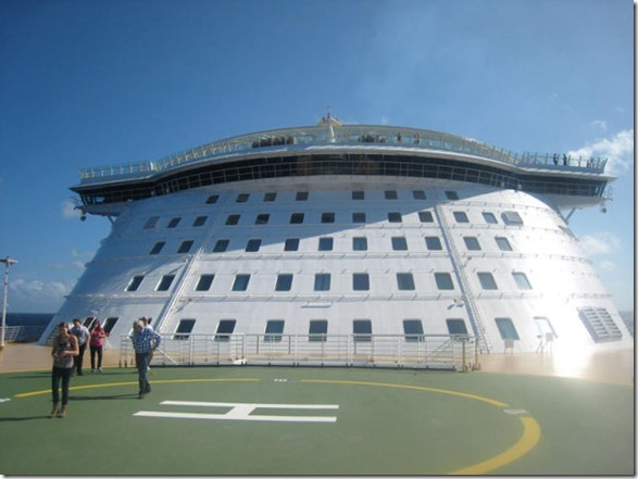 largest-cuise-ship-10