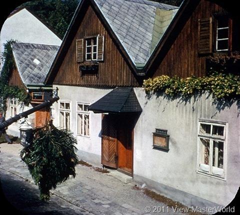 View-Master Austria (B198), Scene 6: Grinzing Wine Gardens