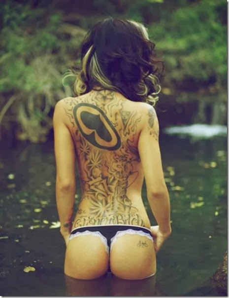 hot-tattooed-women-010