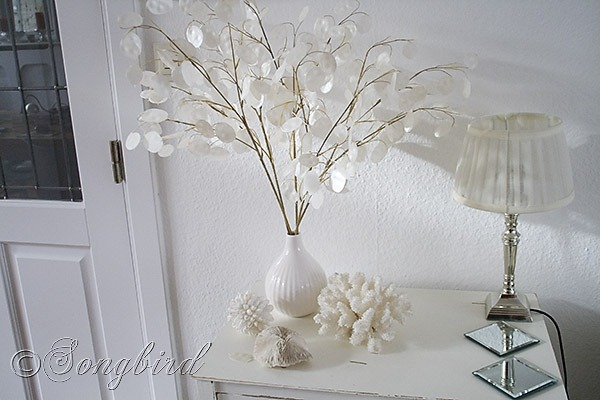 Songbird white decoration 4