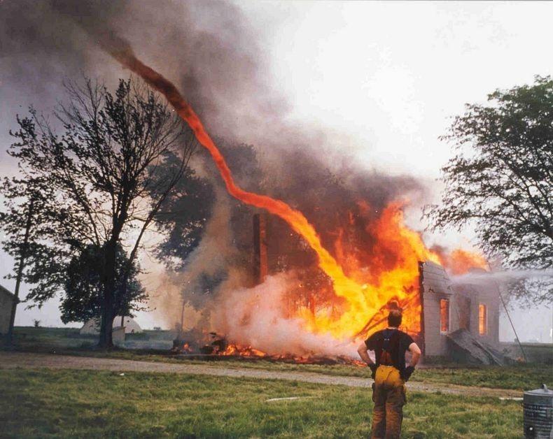 fire-tornadoes-1