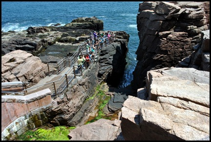 02g2 - Views - Thunder Hole