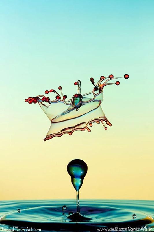liquid-drop-art-gotas-caindo-foto-velocidade-hora-certa-desbaratinando (198)