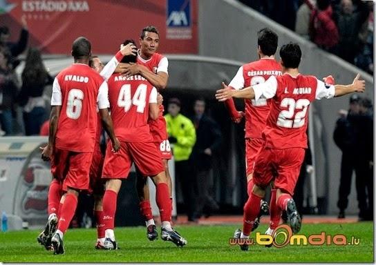 Braga-Standard__414