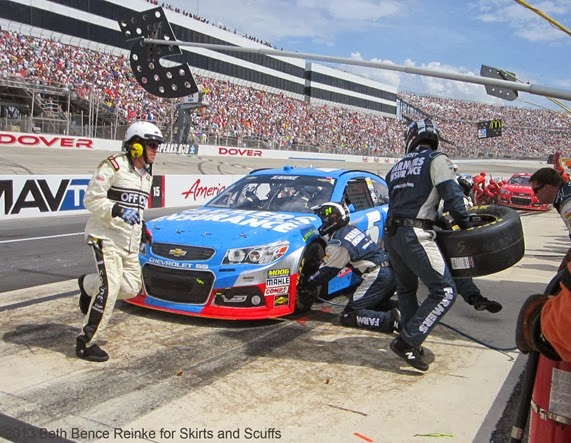 AAA Kasey Kahne in his pit stall 6-2-13