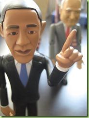 2008-11-04_obama_mccain_dolls