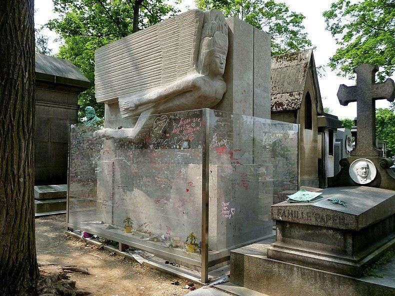 oscar-wilde-tomb-13