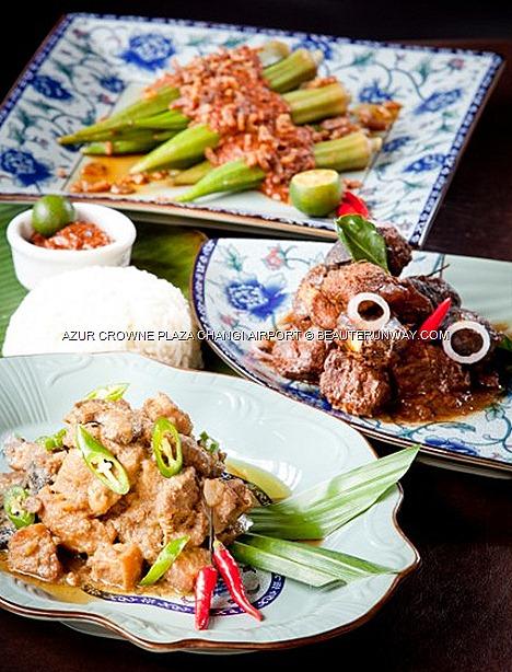 AZUR CROWNE PLAZA Hotel CHANGI AIRPORT Buffet Peranakan Ayam Buah Keluak,Babi Pong Teh, Ikan Goreng Cili, Telur Cincalok Chendol