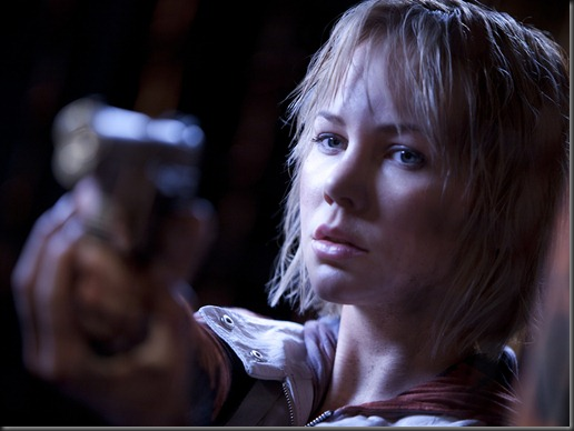 silent-hill-revelation-3d_on _DVD_image_1