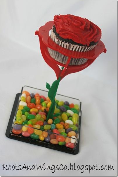 flower cupcake holder g