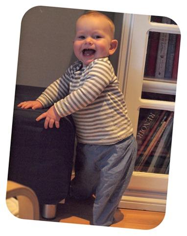 baby O 11mnths models chambray pants