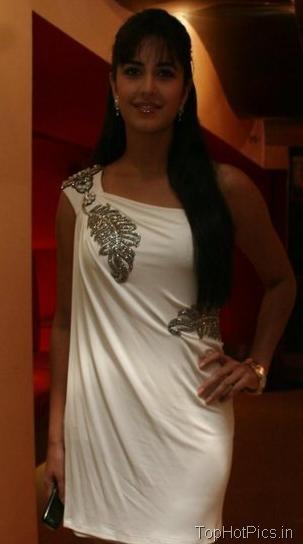 Katrina Kaif Hot Pics in Gorgeous White Dress 9