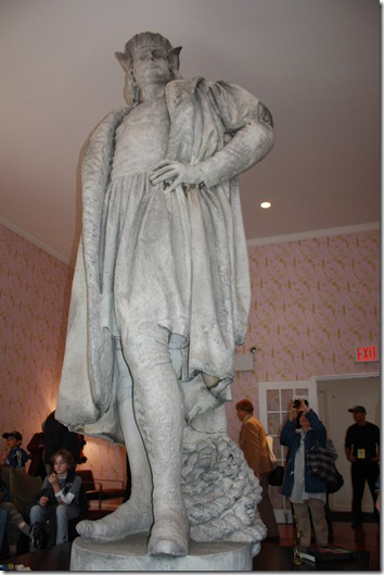discovering-columbus-art-installation-nyc-circle