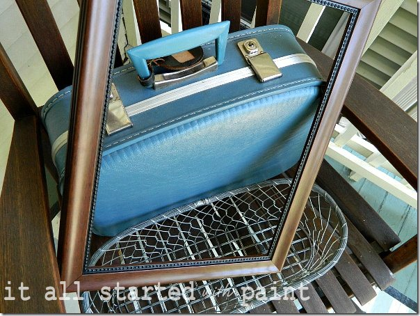 vintage_thrift_store_suitcase_find