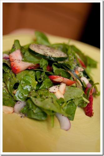 spinachstrawberrysalad9