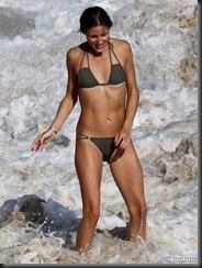 olivia-palermo-brown-bikini-st-barts-03-675x900