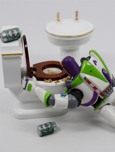 ToysRLikeUs by Santlov 8