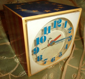 Seth Thomas Mini-Light alarm clock, reveille (stars & stripes patriotic)