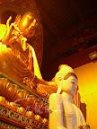 拜瓷器的神像雕刻品好嗎? 神像佛像木頭裡面是空的可以嗎?下篇