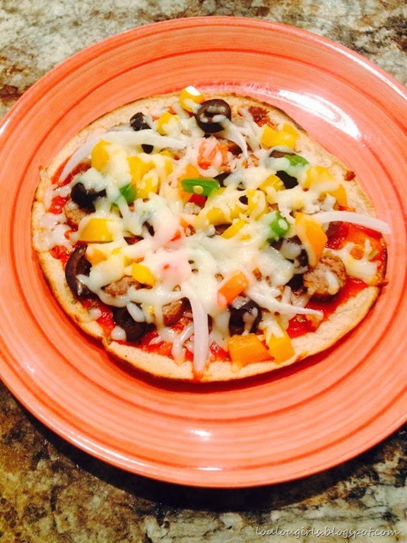 [Tortilla-pizza-with-turkey-sausage-bell-peppers-and%2520mozzarella%255B5%255D.jpg]