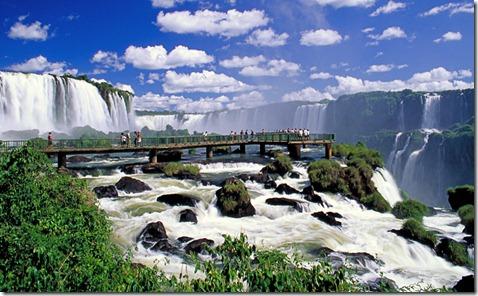 iguazu-falls-walkway-brazil-big