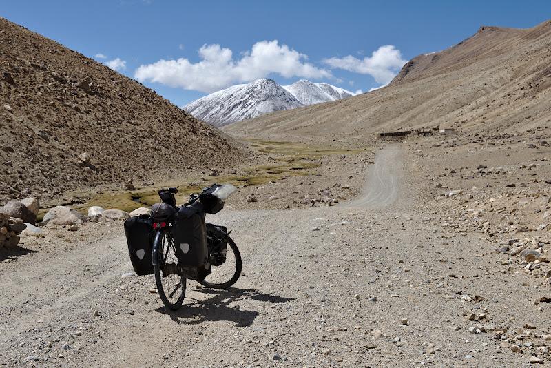 Inceputul urcarii catre primul pas de 4300 de metri.