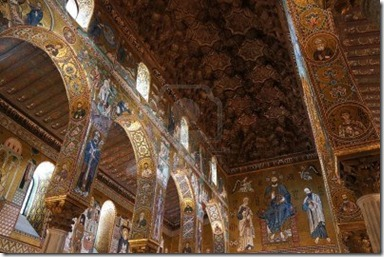 15395037-internal-view-of-the-palatine-chapel-of-palermo-in-sicily