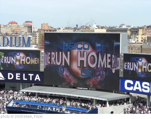 'Home Run at Yankee Stadium' photo (c) 2008, Mark - license: http://creativecommons.org/licenses/by-nd/2.0/