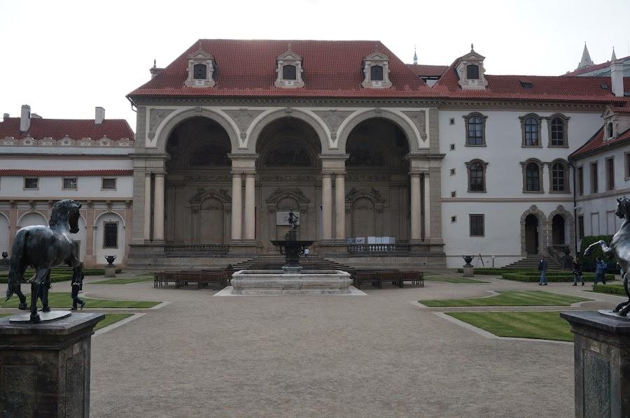 Здание сената Чехии