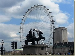 20130506_London Eye and Statue (Small)