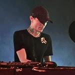 Deadmau5_live_unmasked