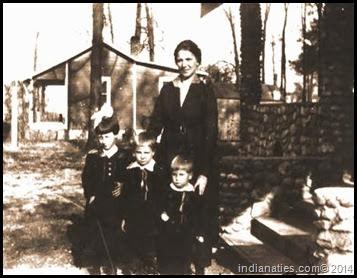 Charlotte Niehaus, Robert Niehaus, Lena Niehaus Kleinsmith and Frank Niehaus