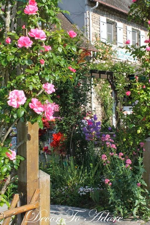 Monet's Garden 003