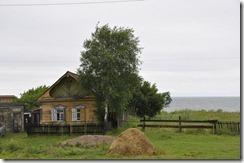 07-23 oulan oude baikal 017 800X  petite maison avec vue sur la baikal