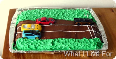 Race car cake at whatilivefor.net