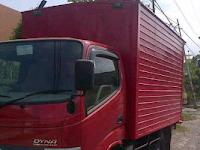 Sewa Mobil Truk Box Yogyakarta